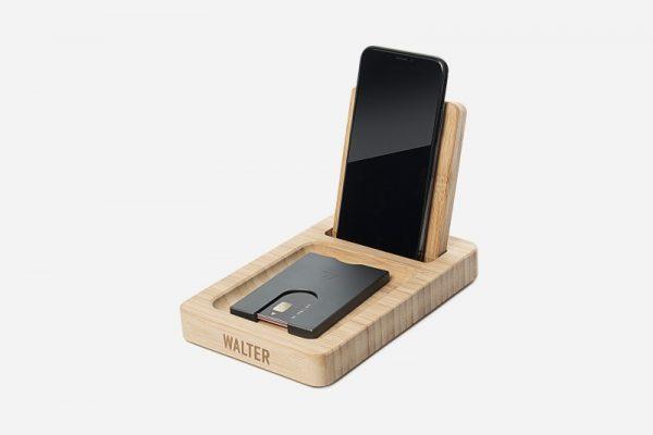 standing dock walter bamboo bureaulader draadloos wireless