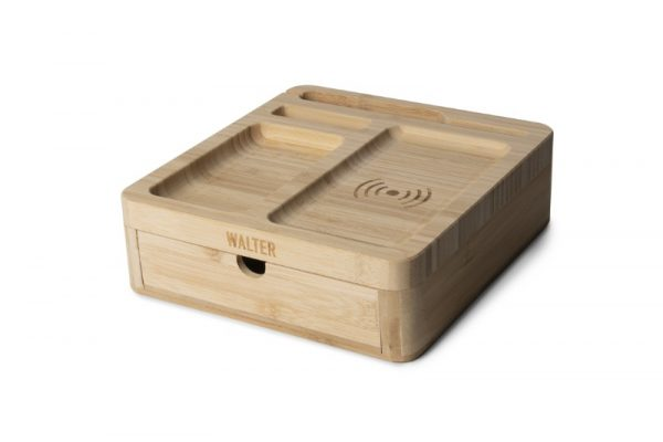 walter-big-dock-bamboo-charger-bureau-oplader-hout