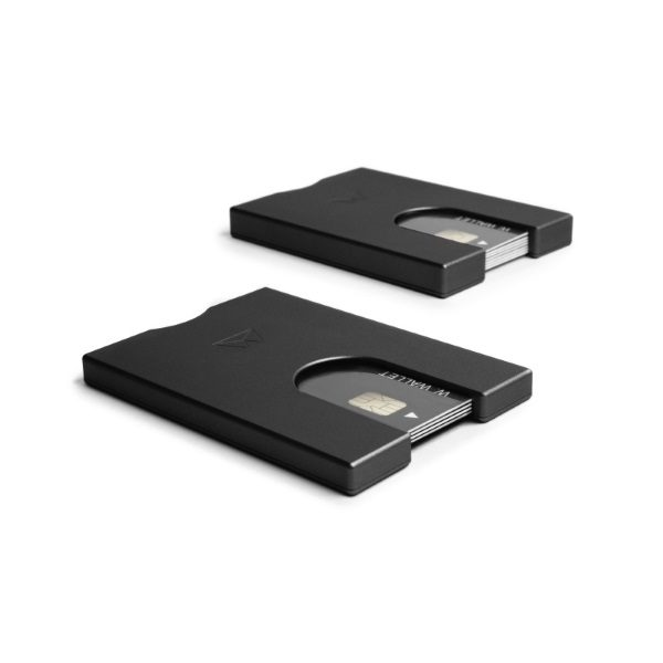walter-wallet-slim-aluminium-wallet-black-set-creditcard