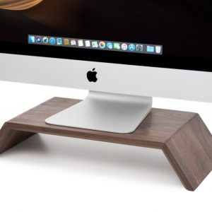 oakywood-monitor-standaard-hout-walnut-stand-hoesie
