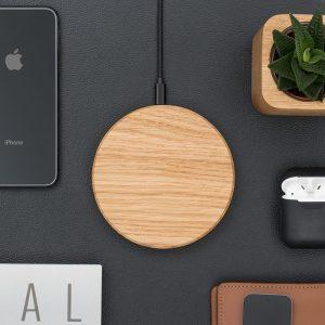 oakywood-slim-wireless-charger-oak-steel-natural-material-elegant-device-qi-charging-hoesie.nl_
